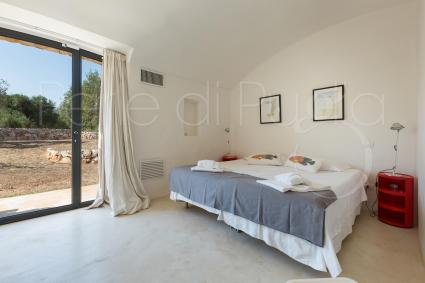 The second double bedroom with separable beds