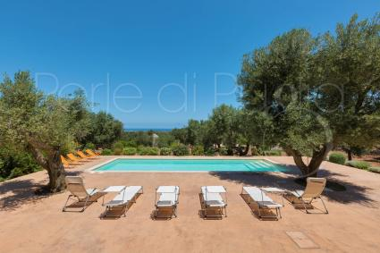 An exclusive villa for holidays in Italy