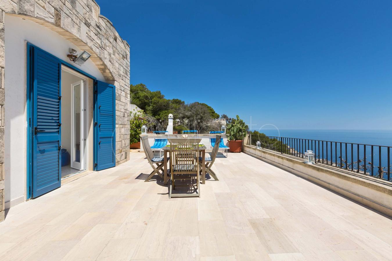 Holiday house on the sea coast of Santa Cesarea Terme
