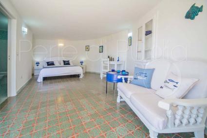 La camera matrimoniale 2, a pianterreno, dai colori del mare