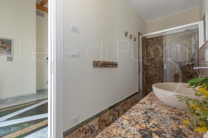 The en suite shower room of the 3 bedroom
