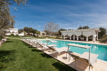 Beautiful estate with villas and trulli, for luxury holidays in Puglia in Ostuni