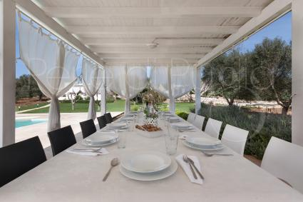 The poolside gazebo allows you to have lunch and dinner outdoors