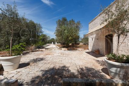 The beautiful and characteristic lamie of the villa for rent in Ostuni