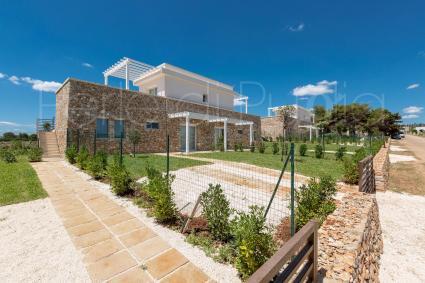 Luxury complex Perla Saracena has 2 penthouse units