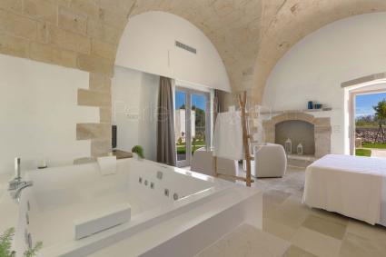 Hotels - Otranto ( Otranto ) - Masseria Longa | Camera Queen con Vasca Idromassaggio